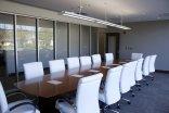 przestronna sala konferencyjna
